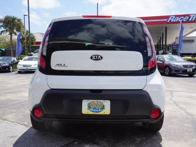 Kia Soul 2016 price $11,720