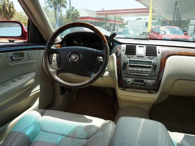 Cadillac DTS 2009 price $8,423