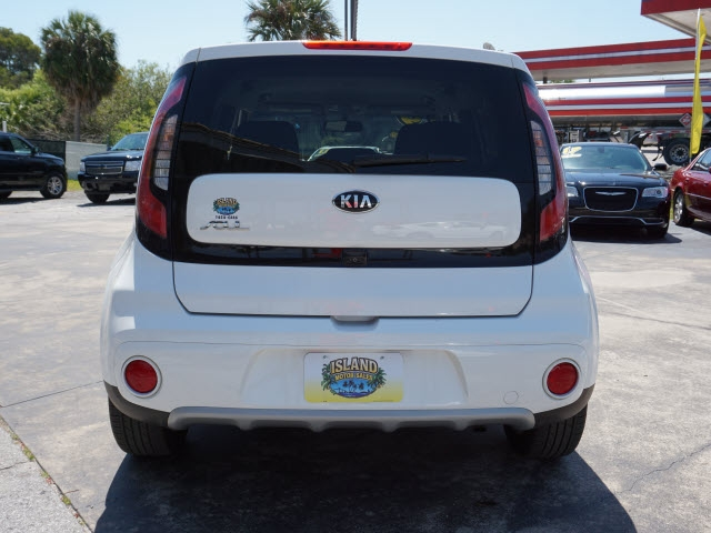 Kia Soul 2019 price Call For Pricing.