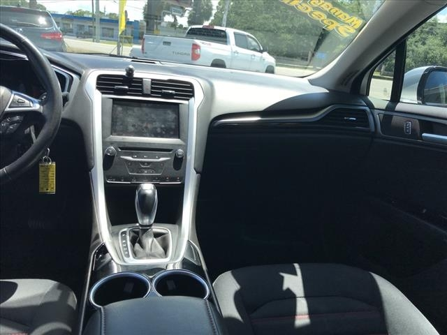 Ford Fusion 2013 price $12,657
