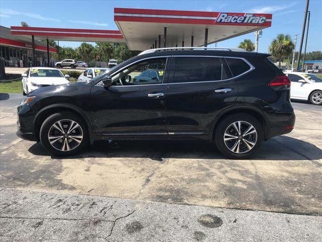 Nissan Rogue 2017 price $21,967