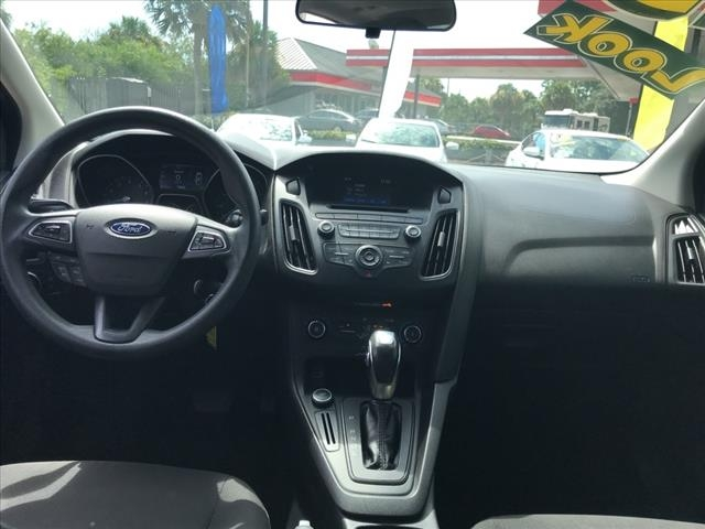 Ford Focus 2015 price $11,950