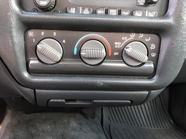 Chevrolet S-10 2003 price $6,728