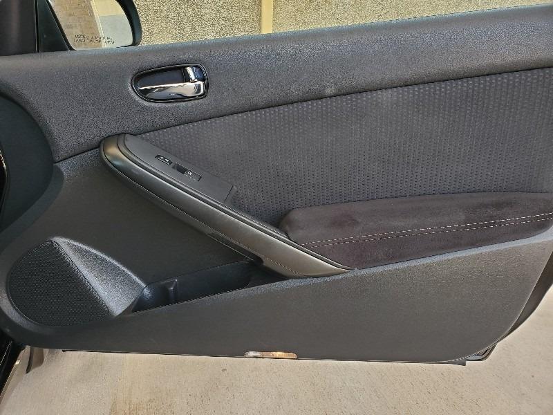 Nissan Altima 2010 price $5,997