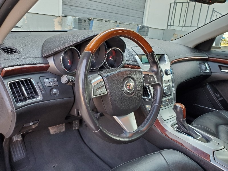 Cadillac CTS Sedan 2010 price $8,997