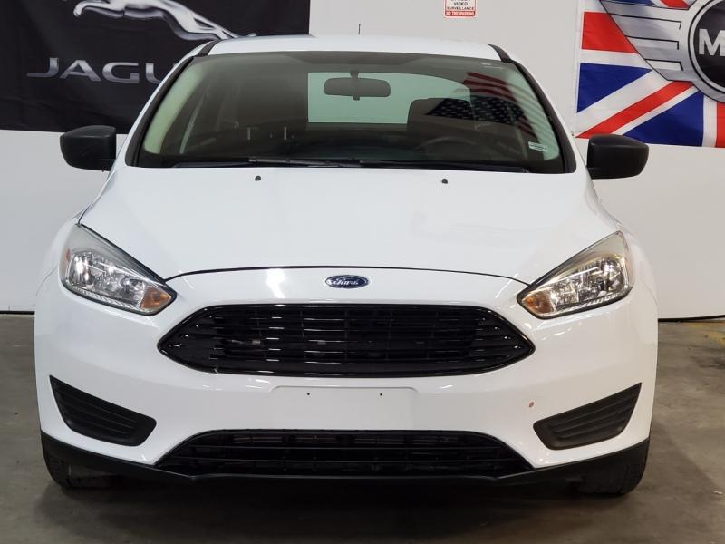 Ford Focus 2018 price $6,997
