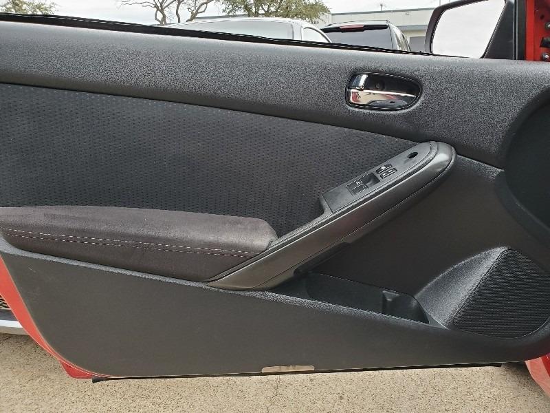 Nissan Altima 2010 price $4,997