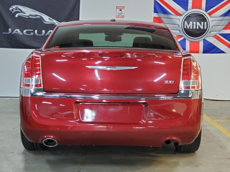 Chrysler 300-Series 2013 price $7,497