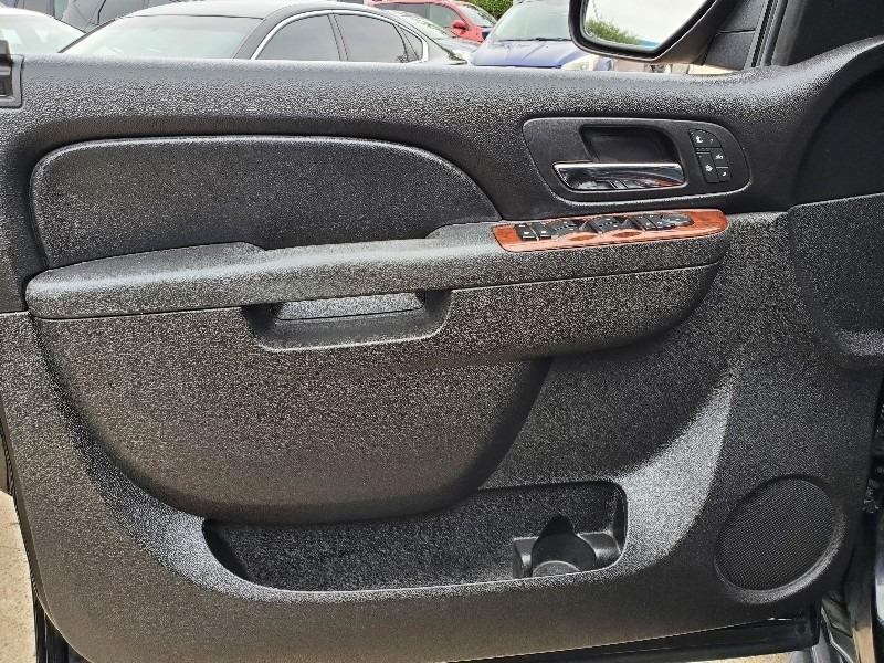 GMC Yukon 2011 price $9,997