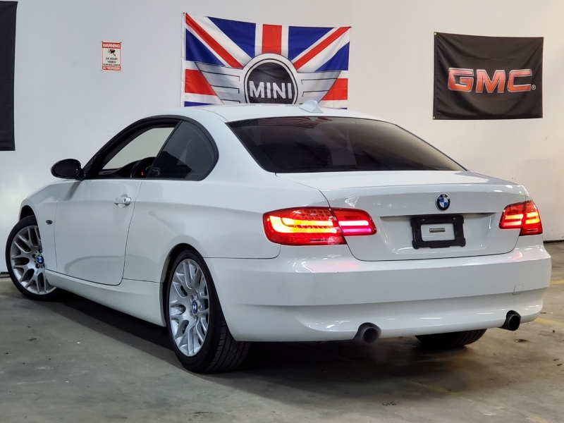 BMW 3-Series 2009 price $8,997