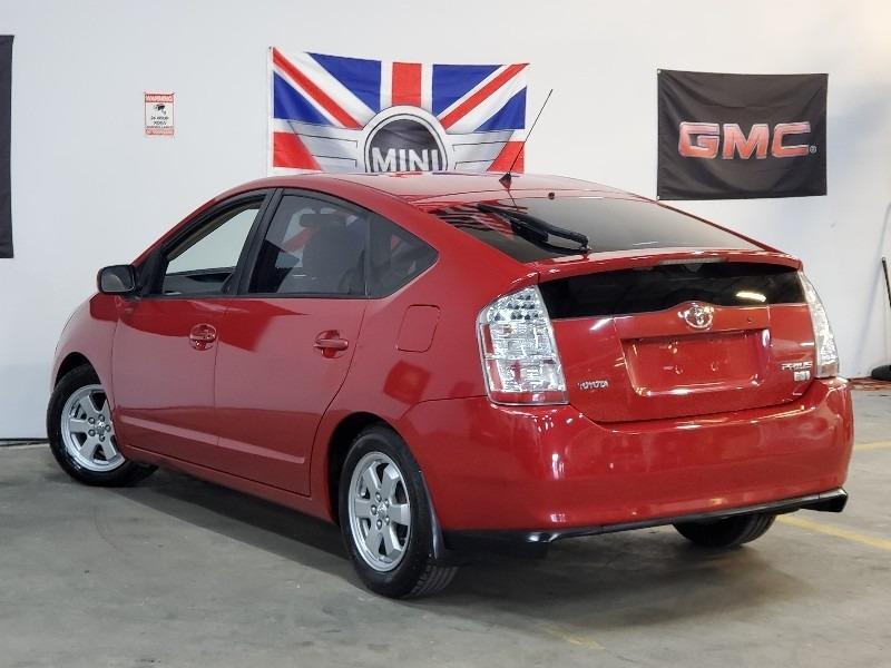 Toyota Prius 2006 price $3,997