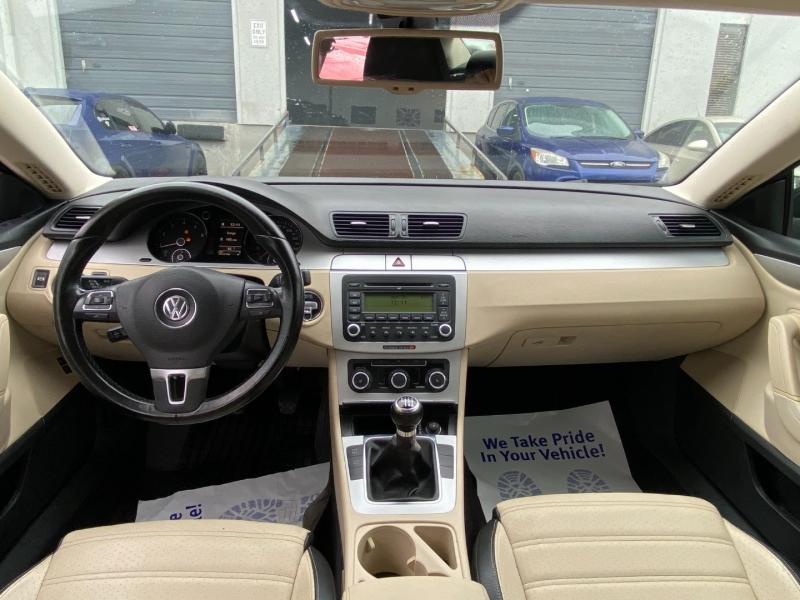 Volkswagen Passat CC 2009 price $4,997