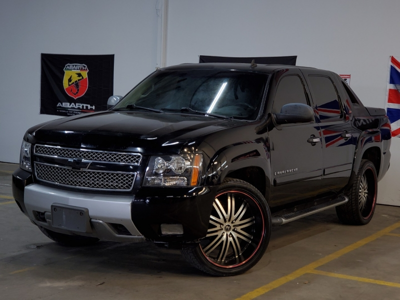 Chevrolet Avalanche 2008 price $8,997