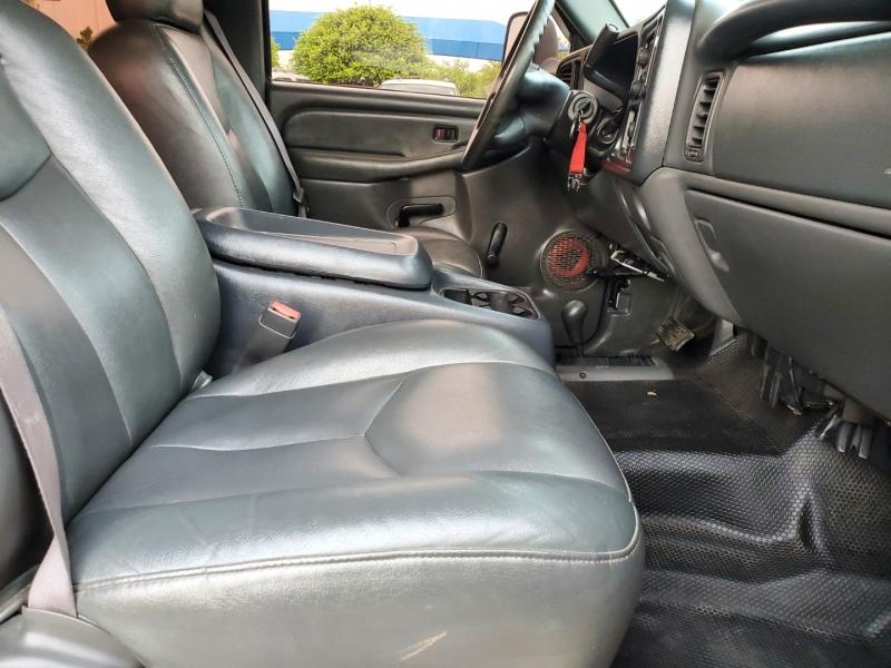 Chevrolet Silverado 2500 2003 price $15,997