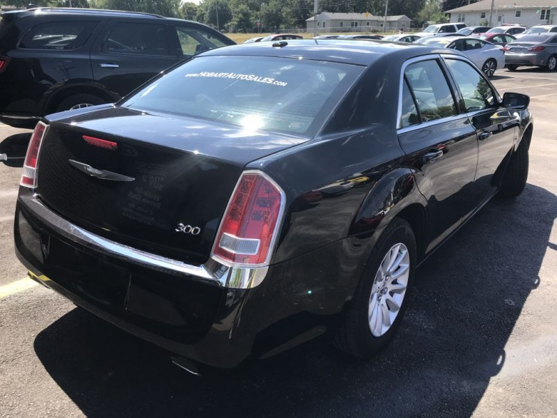 CHRYSLER 300 2014 price $15,995