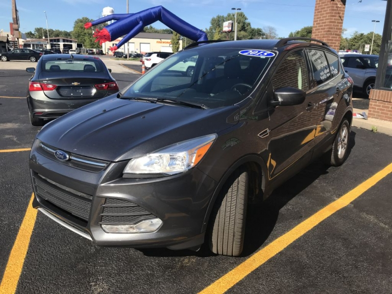 FORD ESCAPE 2015 price $13,995