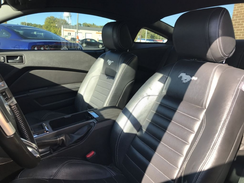 FORD MUSTANG 2014 price $12,995