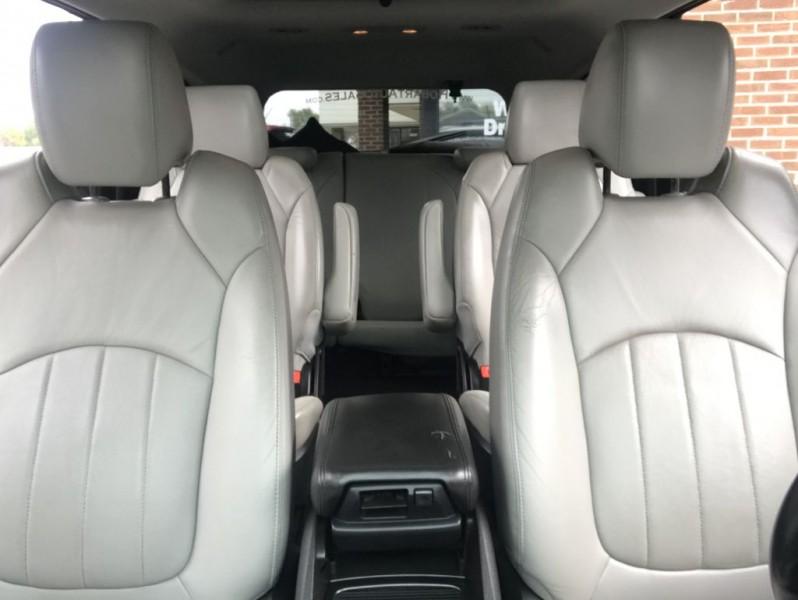 CHEVROLET TRAVERSE 2011 price $8,495