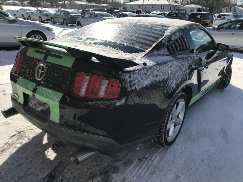 FORD MUSTANG 2010 price $14,495