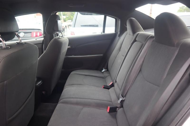 CHRYSLER 200 2012 price $8,495