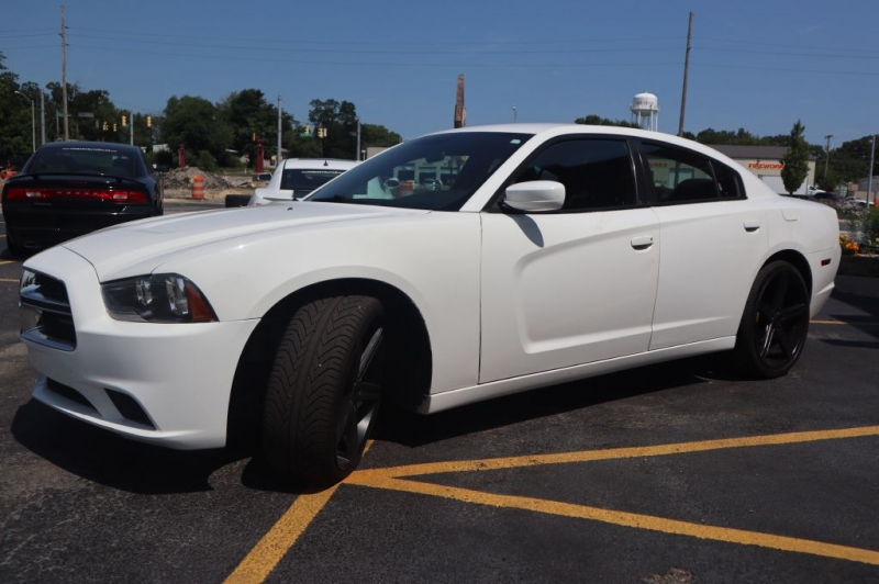 DODGE CHARGER 2013 price $16,795