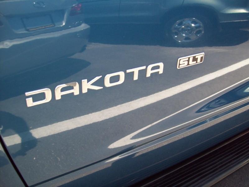 DODGE DAKOTA 2001 price $6,490