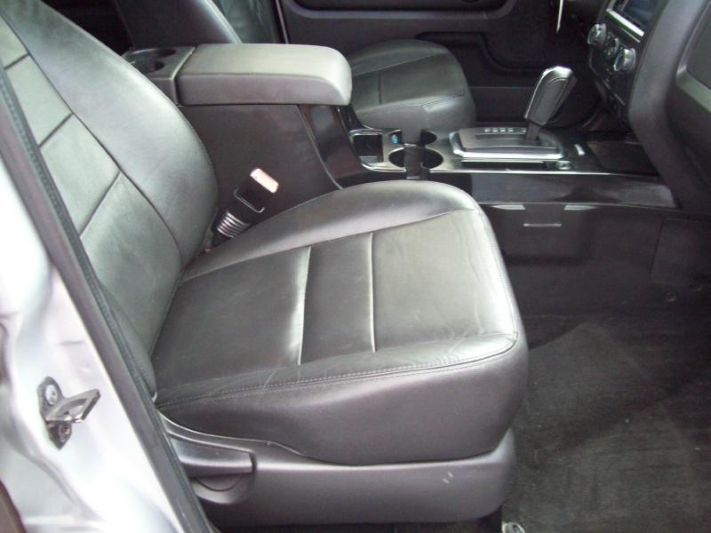 FORD ESCAPE 2011 price $8,990