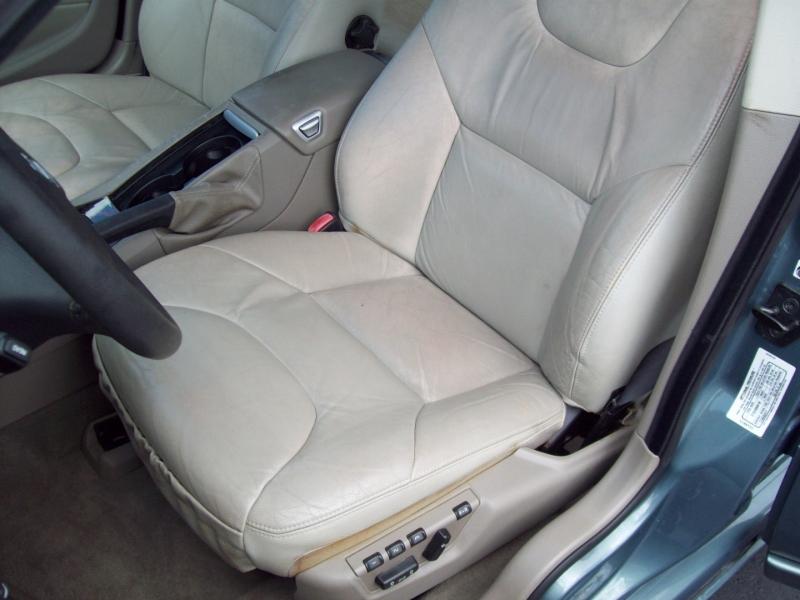 VOLVO S60 2005 price $5,990