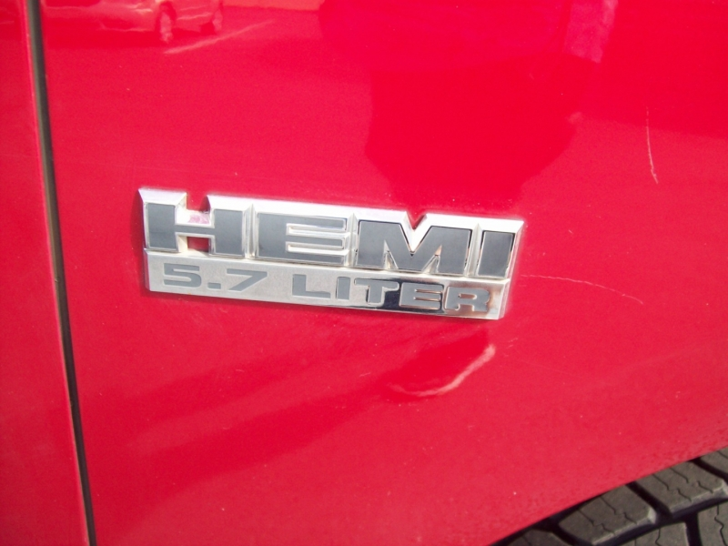 DODGE RAM 1500 2010 price $15,990