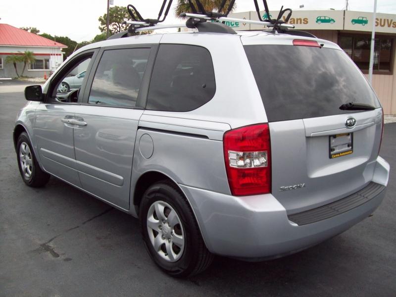 KIA SEDONA 2010 price $7,990