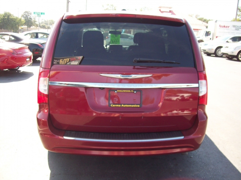 CHRYSLER TOWN & COUNTRY 2012 price $8,990