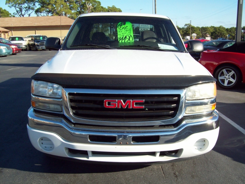 GMC NEW SIERRA 2007 price $13,990