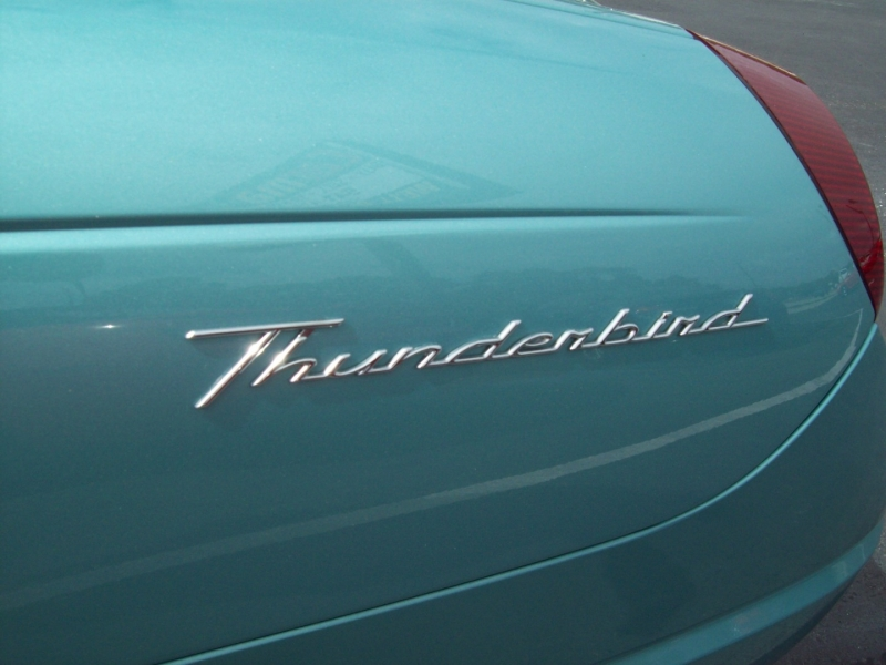 FORD THUNDERBIRD 2002 price $12,990