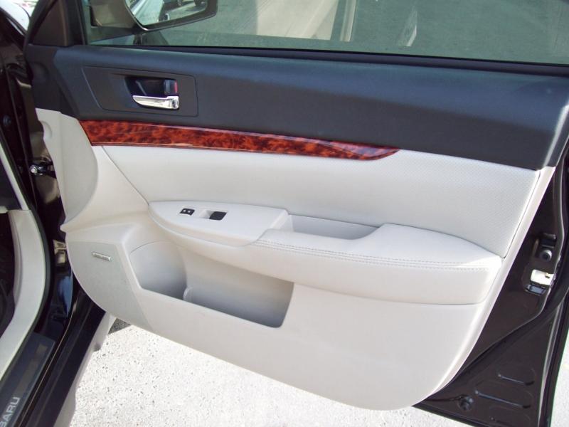 SUBARU OUTBACK 2011 price $11,990