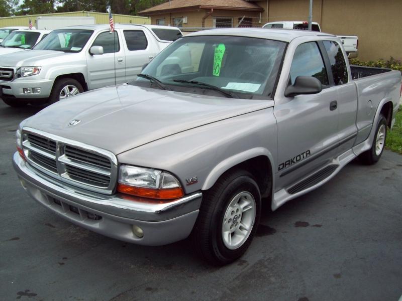 DODGE DAKOTA 1999 price $6,990
