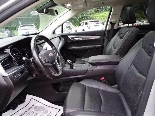 Cadillac XT5 2019 price $29,998