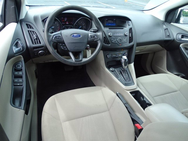 Ford Focus 2016 price $12,990