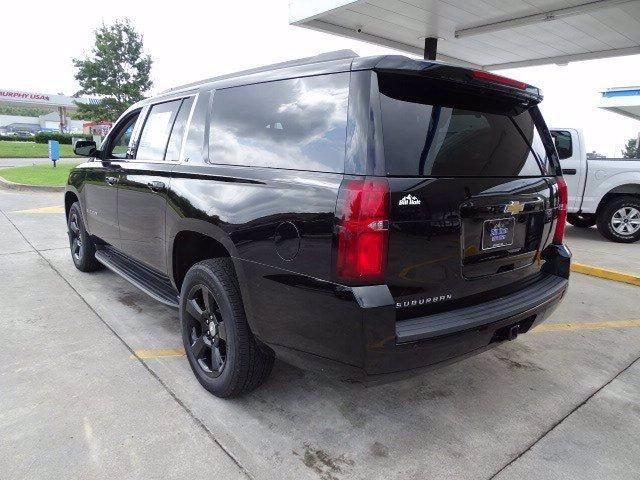 Chevrolet Suburban 2019 price $42,924
