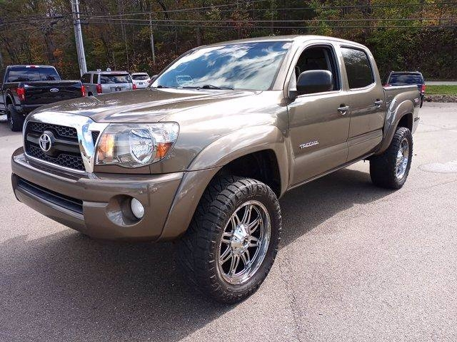 Toyota Tacoma 2011 price $17,995