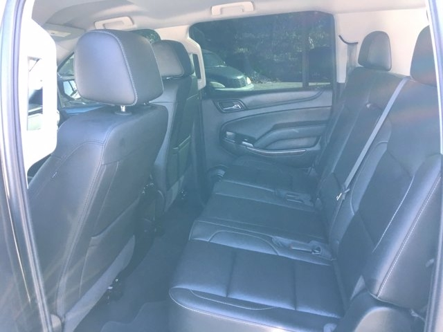 Chevrolet Suburban 2018 price $37,990