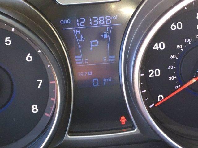 Hyundai Veloster 2013 price $9,998