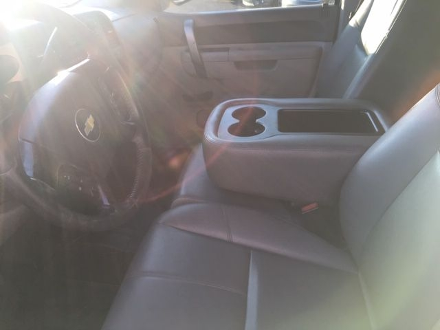 Chevrolet Silverado 2500HD 2011 price $12,990