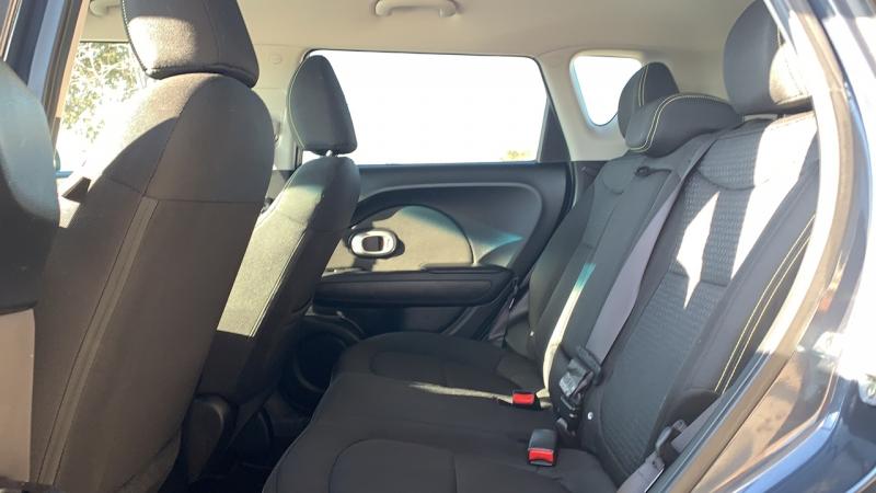 Kia Soul 2016 price $15,500
