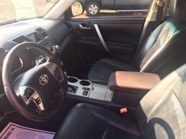 Ford Explorer 2015 price $15,990
