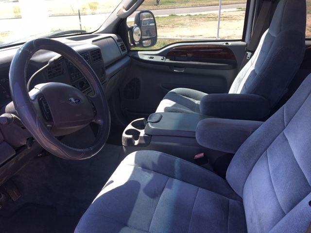 Ford Super Duty F-350 DRW 2003 price $11,990