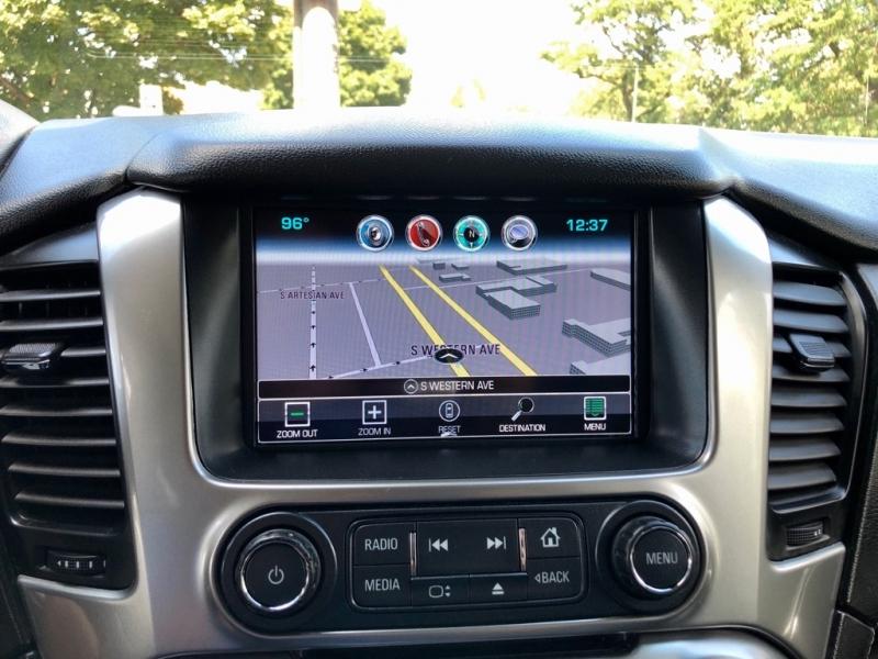 Chevrolet Suburban 2017 price $25,500