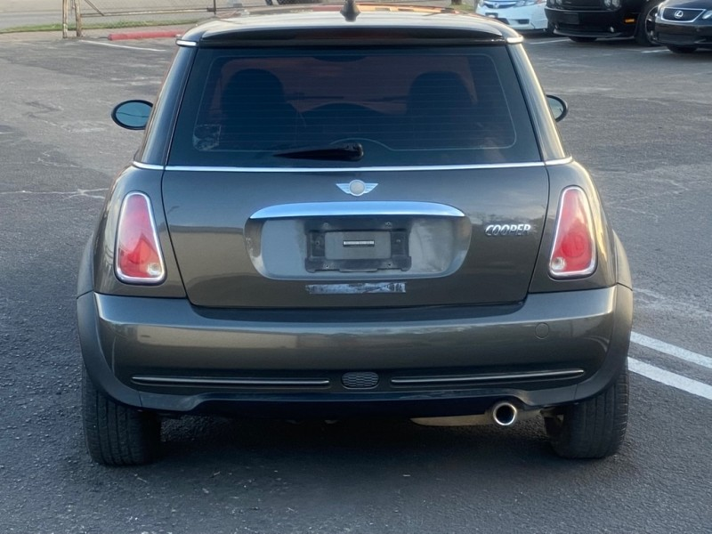 MINI COOPER 2006 price $3,500