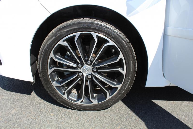 Toyota Corolla 2016 price $15,999