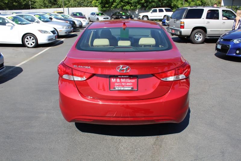 Hyundai Elantra 2012 price $8,799
