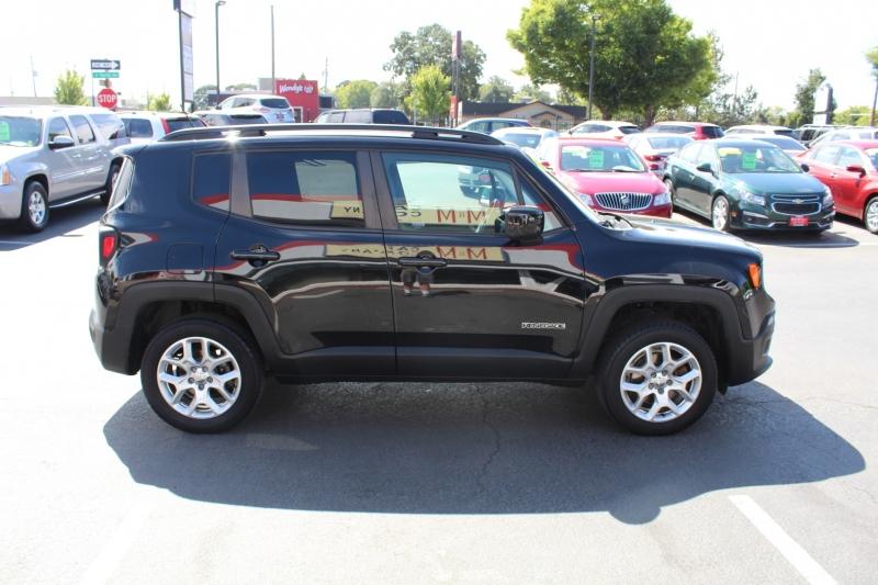 Jeep Renegade 2015 price $13,999